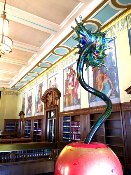 Reading Room Sculpture by Dale Chihuly 2