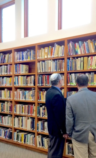 Rabbi Huber with a congregant